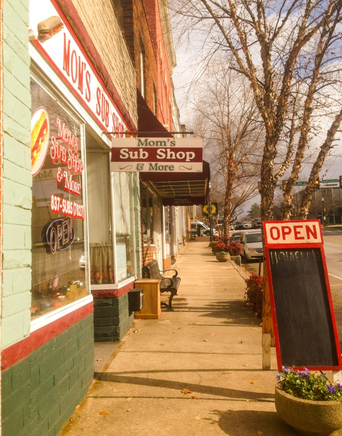 Well worth a stroll: the main street in Sparta, Tennessee is a delight.