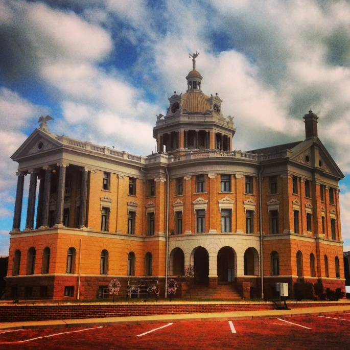The courthouse in Marshall Texas is really an outstanding building that you can drive around on brick streets.