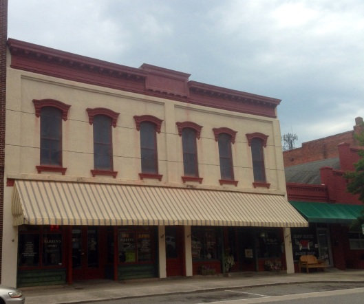 The Main Street in downtown Washington NC has many historic commercial buildings - many of which are occupied.