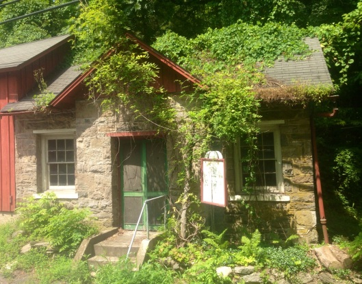 This charming house is just one of the random sights you will find while touring the area.